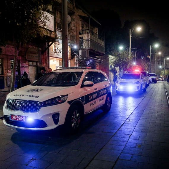 """מאזין: """"גורמים פוליטיים דאגו לפורר את משטרת ישראל"""""""